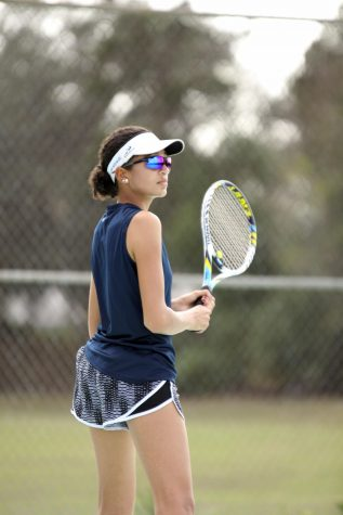 Gibson Glides Through First High School Tennis Season